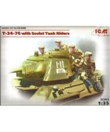 T-34-76 W Soviet Tank Riders